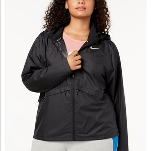 Nike Plus Size Water Repelling Running Jacket